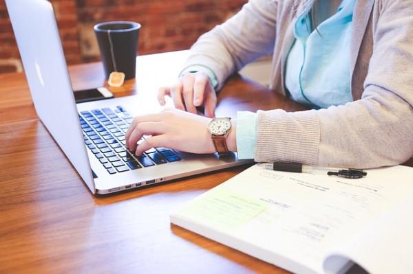 כתיבת תוכן והפיכת נושא משעמם לאטרקטיבי