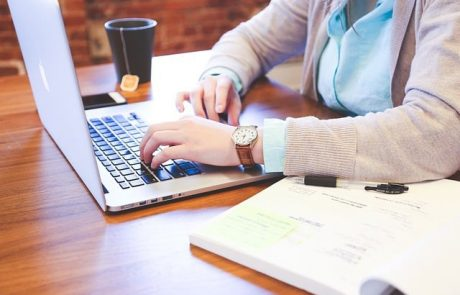 איך ליצור דף נחיתה מקצועי עם יחסי המרה טובים